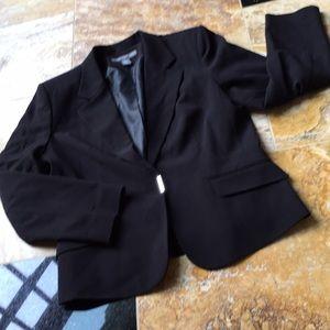 Josephine Chaus Stunning Poly/rayon/spandex blazer